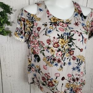 Gypsies & Moondust floral blouse